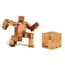 Areaware Robot Cubebot XL Gadgets Bruin Hout