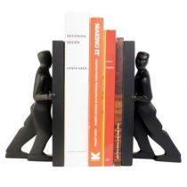 Kikkerland Pushing Men Boekensteun Woonaccessoires Zwart Steen